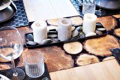 Sada tří svíček v přírodních zemitých odstínech se hodí do vnitřních i venkovních prostor, cena 149 Kč; Ikea