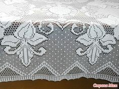 Филейная скатерть Filet Crochet Charts, Crochet Home, Lace Shorts, Tablecloths, Runners, Curtains, Patterns, Farmhouse Rugs, Meals