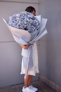 mega size - different price Beautiful Bouquet Of Flowers, Simple Flowers, Big Flowers, Flowers Nature, Fresh Flowers, Beautiful Flowers, Hydrangea Bouquet, Luxury Flowers, Flower Aesthetic