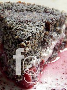 Višňovo-makový nákyp z ovsených vločiek A Food, Good Food, Food And Drink, Yummy Food, Healthy Sweets, Healthy Recipes, Fitness Cake, Gluten Free Cakes, Pastry Cake