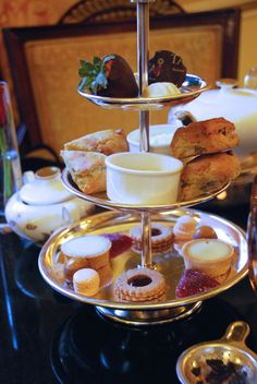 Tea at The Taj: Relax and Indulge | Leah's Life: Pearls and Oysters #Tea #Boston #Travel #scones #chocolate