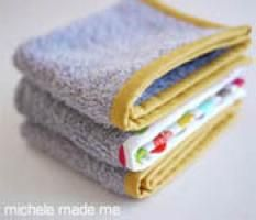 The Old Towel New series is a little collection of crafty repurposing projects where old (and, possibly grubby) towels are fashioned into pretty, fresh, and useful things.Today's project is a quick and quiet one. A no-brainer in fact! It goes a little something like this...