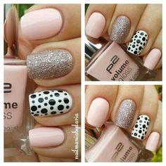 Pink nails glitter dot nails