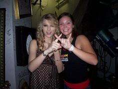 Throwing what she knows! T-Swift lovin :)