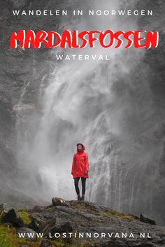 Met haar 655 meter is Mardalsfossen de hoogste waterval van heel Noorwegen! De vrije val van 297 meter is zelfs de hoogste vrije val van Scandinavië en de op drie na hoogste in de wereld. Europe Travel Tips, Bergen, Finland, Norway, Sweden, Road Trip, Places To Visit, Hiking, Feelings