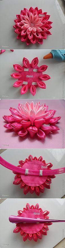 Kanzashi purple white ladies g Ribbon Art, Diy Ribbon, Fabric Ribbon, Ribbon Crafts, Flower Crafts, Fabric Crafts, Ribbon Flower, Lotus Flower, Cloth Flowers