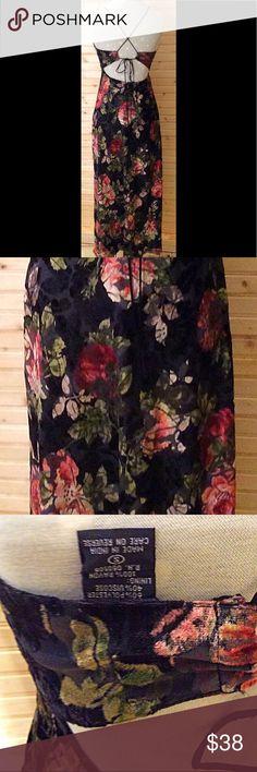 "Vintage Floral Dress Stunning vintage floral dress in EUC! Waist 17"" length 54"". All measurements are with garment lying flat. Nostalgia Dresses"
