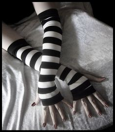 Coma White Arm Warmers - Black & White Striped Cotton - Belly Dance Bellydance Chic Classic Emo Vampire Gypsy Romantic Yoga Light Hooping