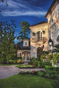 CURB APPEAL – exterior with beautiful green landscape from christina khandan from irvine california realtor.