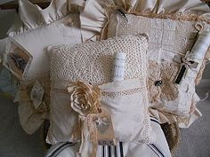 These lacy pillows would make sweet gifts from the heart.