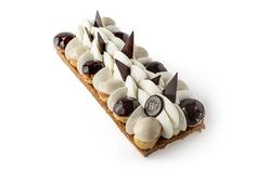 Saint-Honoré  - Hugo et Victor Fancy Desserts, Just Desserts, Decoration Patisserie, Chocolate Liqueur, Gateaux Cake, Choux Pastry, Pie Cake, Baking And Pastry, French Pastries