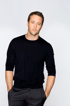 Alex O'Loughlin News. 2013 | Alex O'Loughlin at International Press Day 11/10/2012