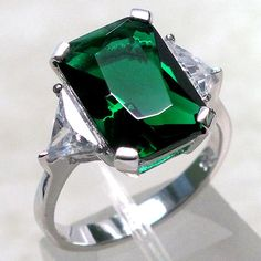 emerald ring        Buy natural #gemstones online at mystichue.com
