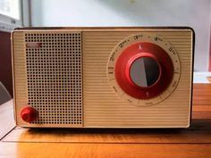 Radio Design, Vintage Designs, Retro Vintage, Transistor Radio, Televisions, Marshall Speaker, Inventions, Sons, Nostalgia