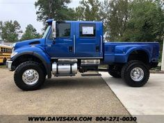 Independent dealer specializing in lifted 4 wheel drive trucks and SUVs. Davis Auto Sales is Virginia's off road truck, SUV and Mini Van Headquarters. Freightliner Trucks, Dually Trucks, Diesel Trucks, Custom Pickup Trucks, Ford Pickup Trucks, Hummer Truck, Medium Duty Trucks, Customised Trucks, Muscle Truck