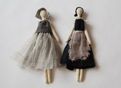 Love these handmade dolls by Pip-squeakchapeau...