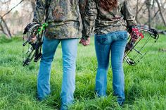 Cute hunting engagement picture | engagement, outdoor, adventure, hunting, bow, arrow, couple, camo ...