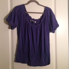 American Eagle Top Cute top! American Eagle Outfitters Tops Tunics