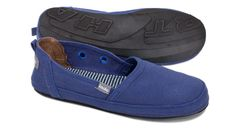 PANTAI beach shoe - Cobalt Blue by Indosole. Why cant they ship to the UK :(
