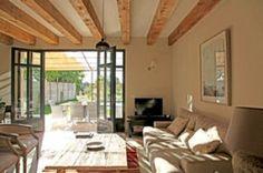 Forme, emplacement, aménagement et décoration : apprenez les règles dor dun salon feng shui.