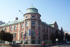 city: Lodz, Targowa St & Fabryczna St  building: the School of Art and Design