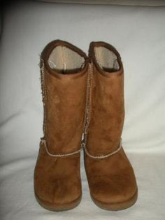 GIRL'S FAUX SHERLING WINTER BOOTS SIZE 3 1/2 BY AIRWALK