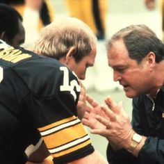 Terry Bradshaw and Steelers Head Coach Chuck Noll Steelers Pics, Here We Go Steelers, Steelers Football, Steelers Stuff, Pitt Steelers, Chuck Noll, Super Bowl Winners, Pittsburgh Sports, Steeler Nation