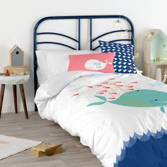 Funny children's Duvet covers by Baleno 🐳 Childrens Duvet Covers, Bed Duvet Covers, Kid Beds, Funny Kids, Happy Friday, Cushions, Furniture, Home Decor, Throw Pillows