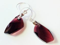 Burgundy Swarovski crystal 925 sterling silver earrings by Emmalishop Swarovski Jewelry, Swarovski Crystals, Affordable Jewelry, Unique Vintage, Jewelry Shop, Silver Earrings, Latest Trends, Burgundy, Buy And Sell