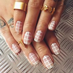 Spring nail designs are essential to brighten up your look. A new season means new nails! Bring on the spring vibes by wearing these chic spring nail designs. 17 Spring Nail Designs To Brighten Up … Nail Art Designs, Nail Designs Spring, Clear Nail Designs, Diy Nails, Cute Nails, Pretty Nails, Minimalist Nails, Nail Polish Trends, Nail Trends