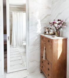 """2,347 Me gusta, 63 comentarios - BELGIKA HOME DESIGN (@belgikahome) en Instagram: """"Buen día 💕 Hoy quiero mostrarles algo que me parece CLAVE, que hice tanto en el baño como en el…"""""""