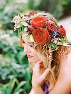 Boho chic floral wedding crown: Photography: Marisa Holmes - http://marisaholmesblog.com/