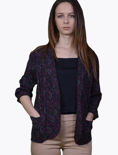 Jerseu imprimeu  Pimkie Bluze Jerseu Imprimeu Pimkie ,100% vascoza Casual, Sweaters, Fashion, Moda, Fashion Styles, Sweater, Fashion Illustrations, Sweatshirts, Pullover Sweaters
