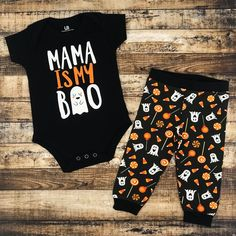Unique Baby Unisex Funny My Halloween Onesie Mama is My Boo Layette Set Outfit Newborn Halloween Outfits, Baby Girl Halloween Outfit, Halloween Onesie, Baby First Halloween, Baby Boy Halloween Outfits, Halloween Halloween, Halloween Costumes, Baby Boy Outfits, Kids Outfits