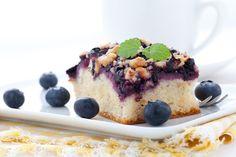 Citrónovo - čučoriedkový koláč http://www.woman.sk/citronovo-cucoriedkovy-kolac/