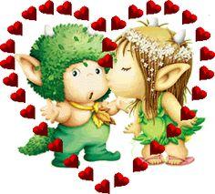 Imagen de unos pequeños duendes enamorados - http://www.imagenesdeamor.pro/2013/10/imagen-de-unos-pequenos-duendes-enamorados.html