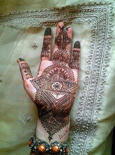 34 Best Mehndi Images Henna Patterns Henna Tattoos Drawings