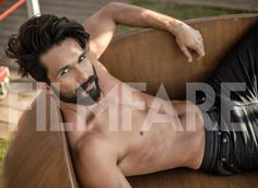 Hottest new daddy in b-town, Shahid Kapoor, took his shirt off and set the temperatures soaring in our latest Filmfare photo shoot. These pictures are also making us feel very guilty for having that cheese-burst pizza for lunch. Damn, Shahid.