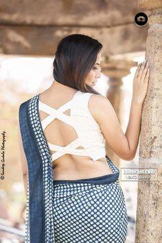 Anasuya Bharadwaj Photoshoot Stills In Blue Saree Bollywood Bikini, Bollywood Actress Hot, Bollywood Saree, Tamil Actress, Saree Wearing Styles, Saree Backless, Photoshoot Pics, Saree Photoshoot, Simple Sarees