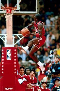 Michael Jordan Chicago Bulls NBA Slam Dunk Contest