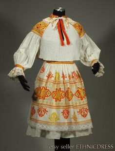 RARE Slovak Folk Costume embroidery blouse lace apron pleated skirt CICMANY kroj in Collectibles, Cultures & Ethnicities, European Blouse And Skirt, Pleated Skirt, Folk Embroidery, Textiles, Folk Costume, Cotton Skirt, Embroidered Blouse, Summer Dresses, Beauty