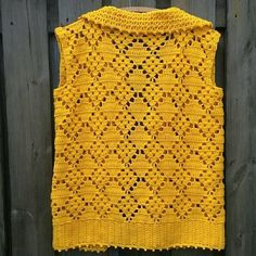 No automatic alt text available. Crochet Jacket Pattern, Cardigan Pattern, Knit Patterns, Cotton Crochet, Crochet Lace, Crochet Stitches, Pull Crochet, Crochet Woman, Crochet Cardigan