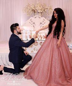 Cute Couple Images, Couples Images, Cute Couples, Couple Dps, Couple Goals, Stylish Girl Pic, Cute Girl Photo, Afghan Wedding, Afghan Girl