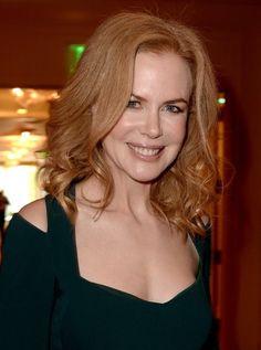 Nicole Kidman Hot Images, Stills, Photos Australian Actors, Event Photos, Nicole Kidman, Picture Photo, Actors & Actresses, Hollywood, Mexico, Culture, Reading