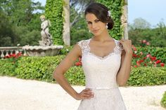 Wedding dress Authie from the Emma Charlotte collection