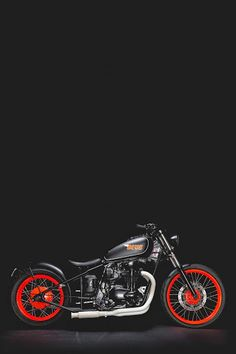 KAWASAKI W650 Bobber 'THE PEGASUS' - DEUS #motorcycles #bobber #motos | caferacerpasion.com