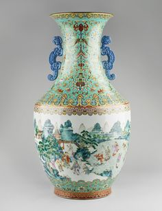 Jingdezhen [Jiangxi Province, China] Pair of vases mark and reign of Jiaqing, 1796-1820