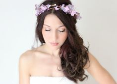 5 Statement Floral Crowns for Your Beach Wedding