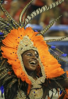 Rio de Janeiro Carnival 2011 Carnival Dancers, Carnival Masks, Carnival Costumes, Samba, Brazil Carnival, Trinidad Carnival, Native American Models, Carnival Inspiration, Carnival Outfits
