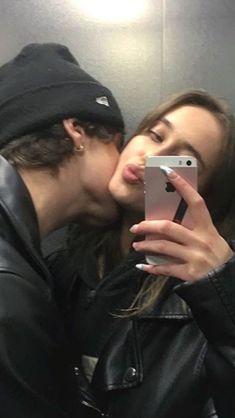 Wanting A Boyfriend, Boyfriend Goals, Future Boyfriend, Cute Couples Photos, Cute Couple Pictures, Cute Couples Goals, Teen Love Couples, Couple Goals Relationships, Relationship Goals Pictures